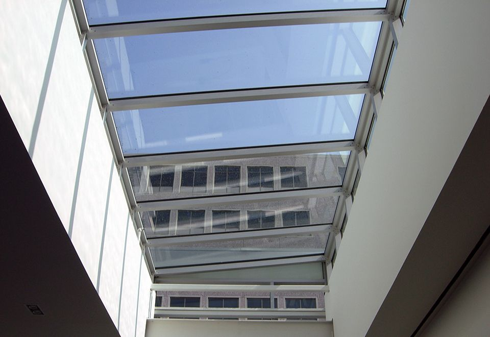Pin By Solar Innovations Architectur On Spectacular Skylights Traditional Skylights Skylight Moldings And Trim