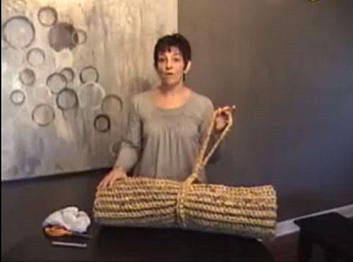 Craft For Humanity Crochet A Plarn Sleeping Mat For The Homeless Plastic Bag Crochet Crochet Mat Plastic Bag Crafts