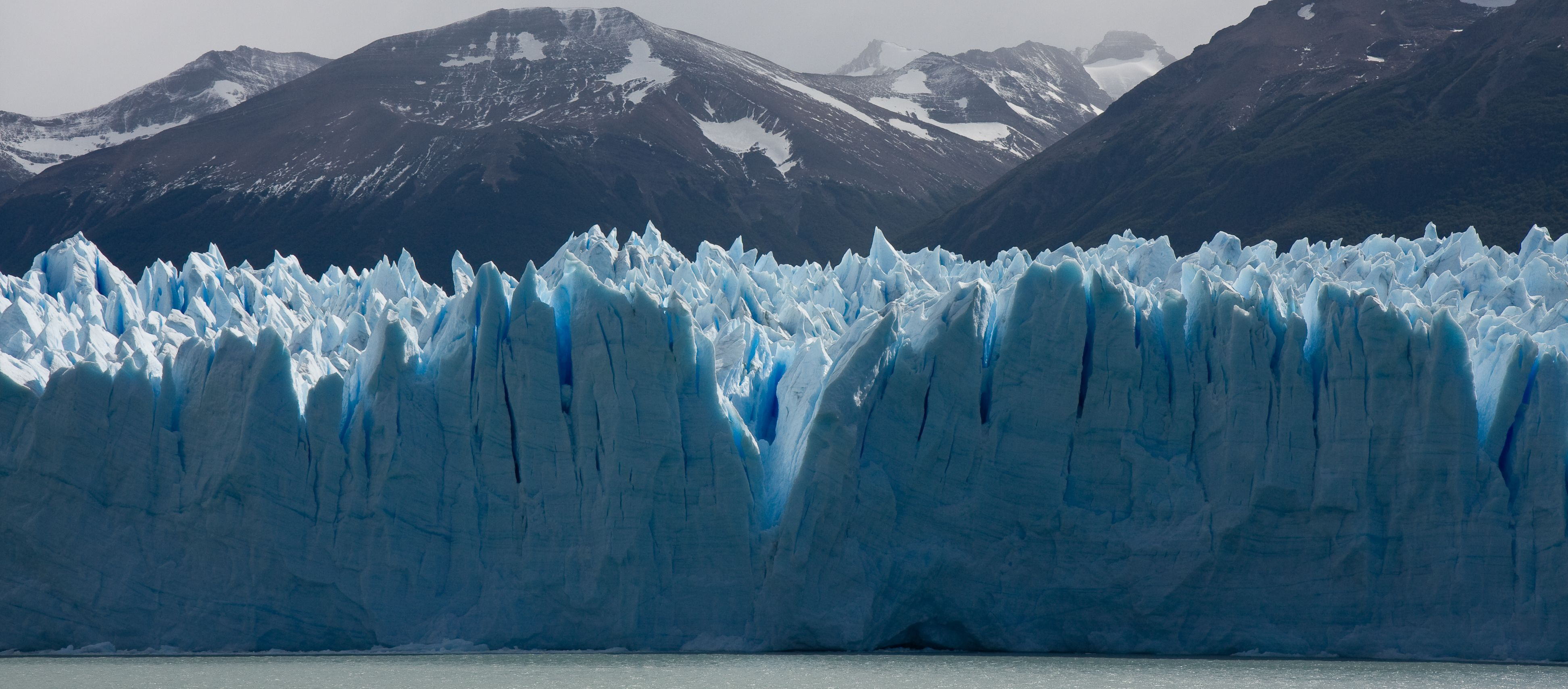 Gaze in Awe at the Creeping Goliath, Glaciar Perito Moreno