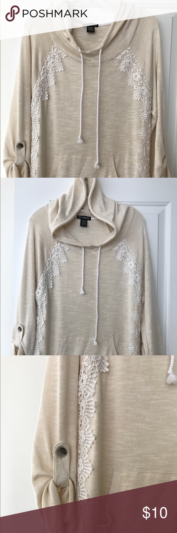🌼Cream colored dress hoodie style fall sweater