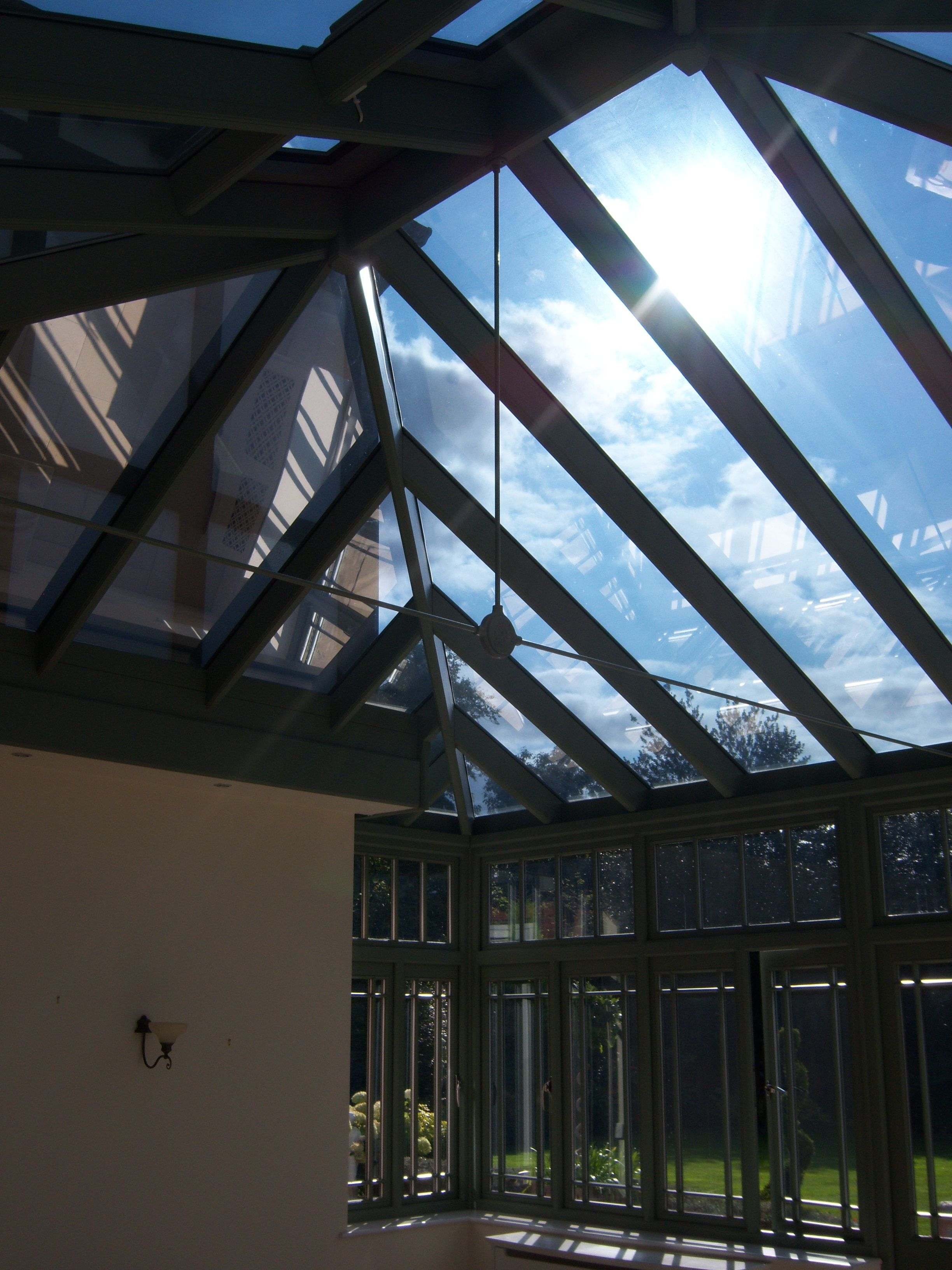 Enjoy The Warm Weather Don T Endure It By Slowing Down The Steady Build Up Of Heat With Window Film You Can Keep Y Window Film Conservatory Roof Conservatory