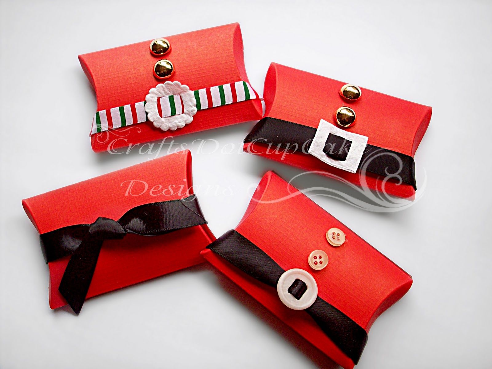 Sweet Santa pillow boxes filled with sweets. Great for
