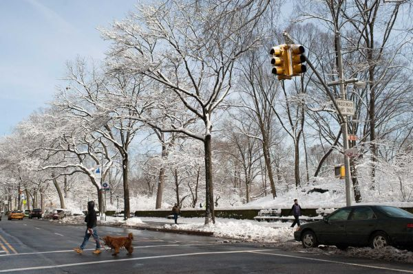 MANHATTAN: UPPER WEST SIDE. February 13, 2014. Ensconced between Central Park and Riverside Park, the Upper West Side area between West 90th and West 99th streets is known for its stunning architecture, plethora of food options and acclaimed schools.