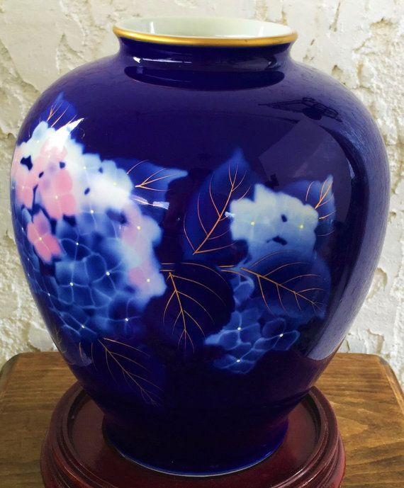 Fukagawa Sei Vase Ajisai Hydrangea Blossoms Fukagawa Blue