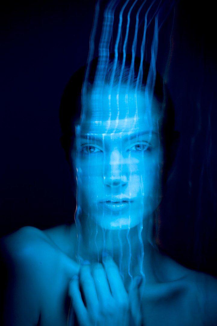 Suzy Johnston & Associates | Patrick Rochon, Light painting portrait. #lightpainting #portrait #female #light #art #photography #patrickthelightpainter