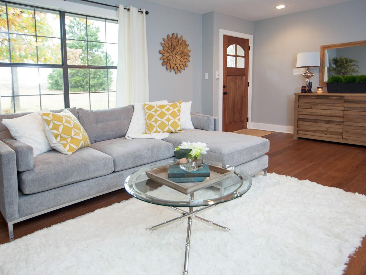 Find The Best Of Fixer Upper From Hgtv With Images Living Room Remodel Living Room Furniture Layout Open Living Room