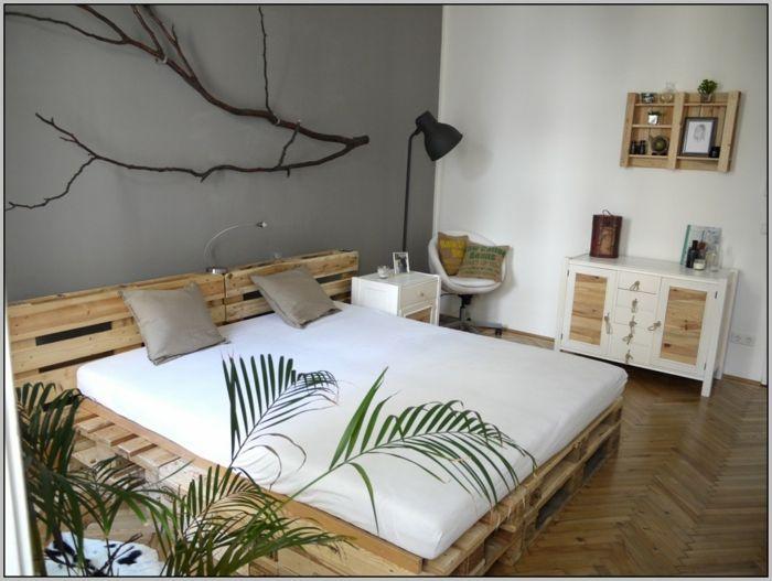 Bett Aus Paletten Sofa Aus Paletten Paletten Bett Möbel Aus Paletten Grau  Schlafzimmer Ideen