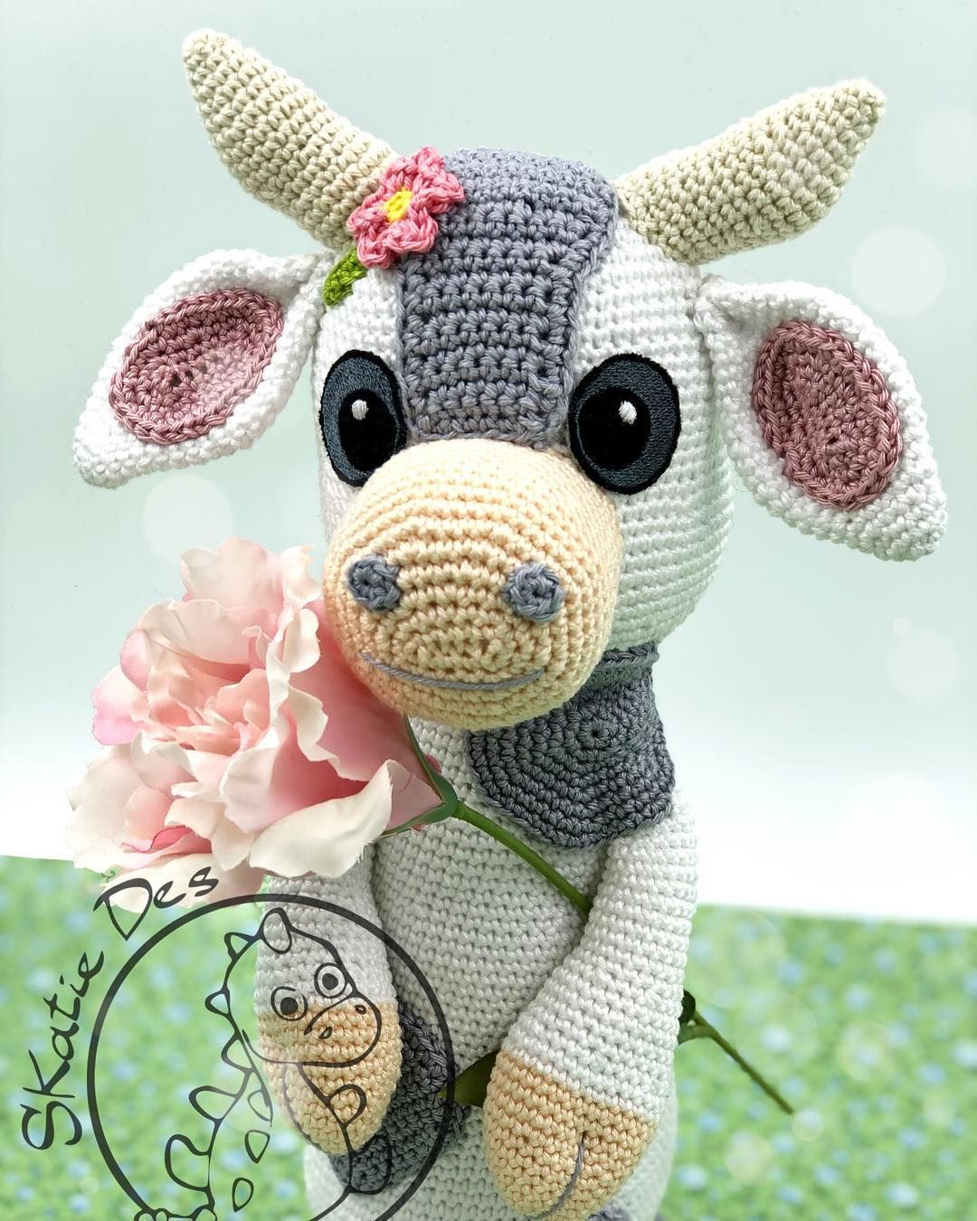 Cuddle Me Cow Amigurumi Free Pattern Crochet – DIY | Amigurumi cow ... | 1350x1080