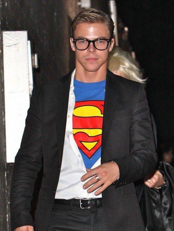 Mens halloween costumes idea DIY superman Clark Kent