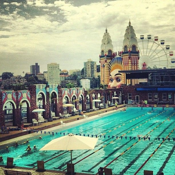 North Sydney Public Swimming Pool With Luna Park Behind Sydney Australia Sydney Australia