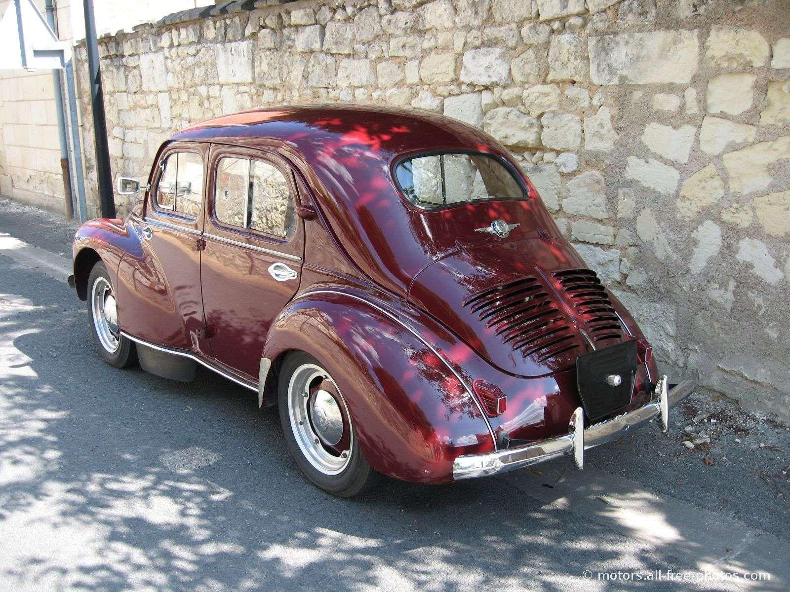 Renault 4 Cv Voitures Retro Voiture Vintage Voitures Anciennes