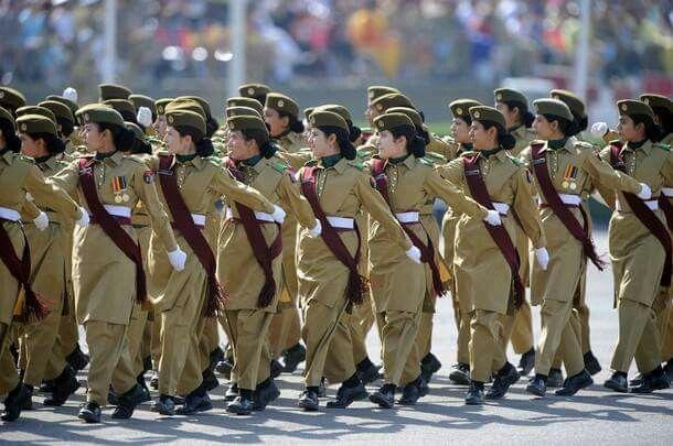 Pak Army Lady Pics: Pakistan Army Lady Cadets