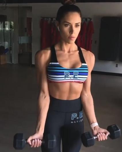 UPPER BODY DUMBBELL BLAST WORKOUT  Amazing upper body exercises for women  by IG   kelseywells #uppe...