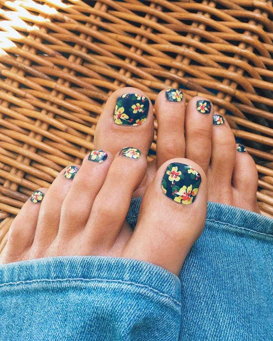 Hibiscus Toes Cute Toe Nails Toe Nail Art Toe Nails