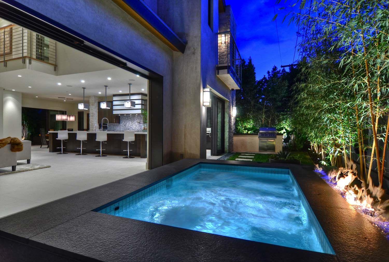 Gorgeous modern home with surprising warmth in newport beach snug harbor indoor outdoor living