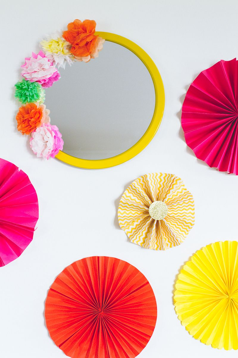 Diy Crepe Paper Flower Mirror Decor Diy Mexican Fiesta Mirror With Paper Flowers Paper Flowers