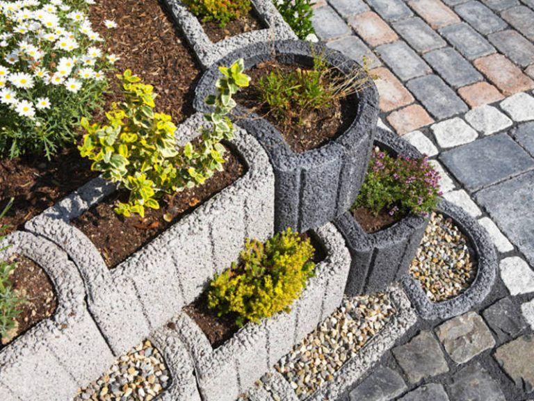 Pflanzsteine Setzen 20 Wunderbare Ideen Garten Zenideen Pflanzstein Straucher Garten Garten