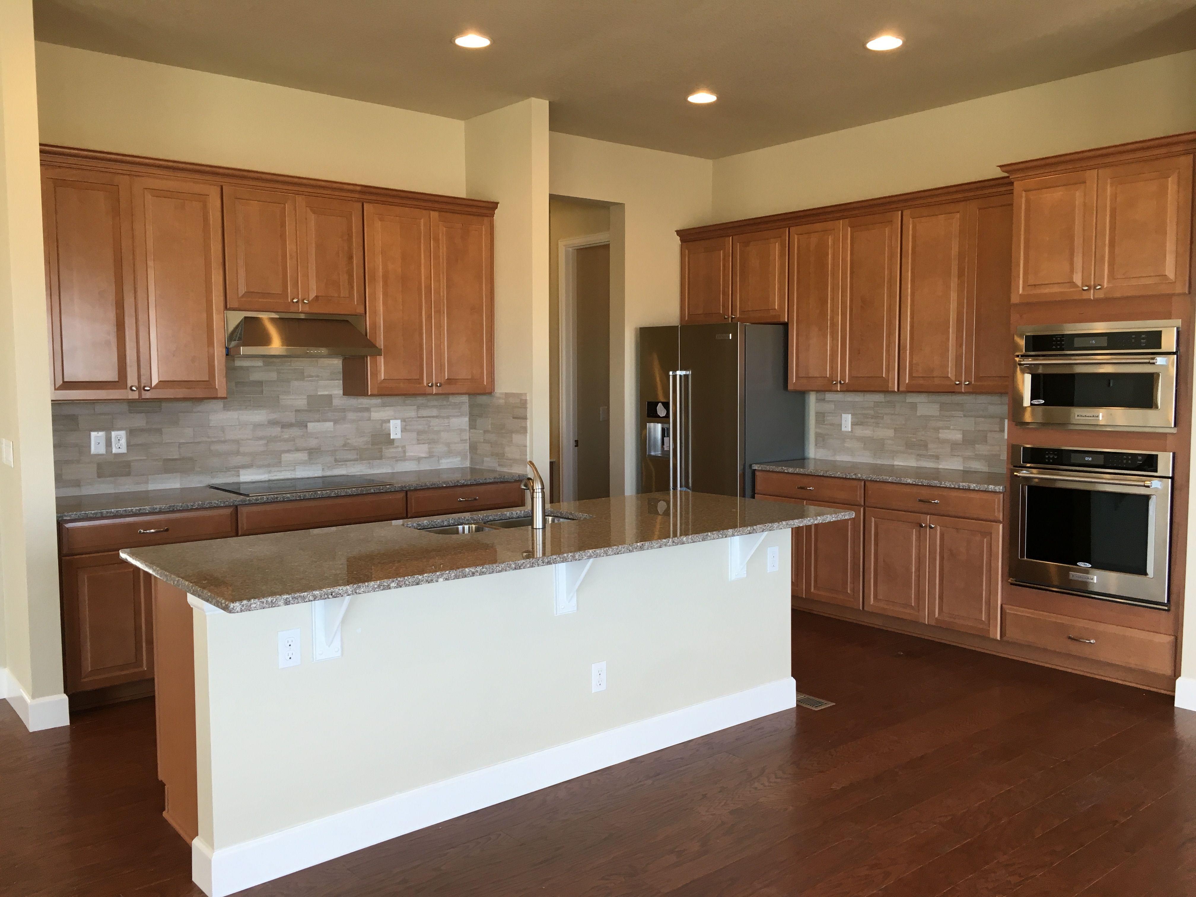 Timberlake Spice Cabinets Mccords Way Saddle Hardwood Floors Bainbrook Brown Granite Ctop