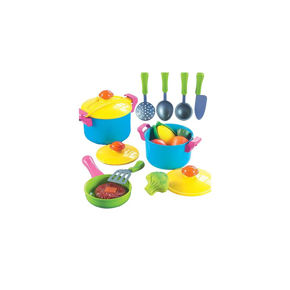 Small World Toys Young Chef Cookware Set | Cookware set, Cookware ...