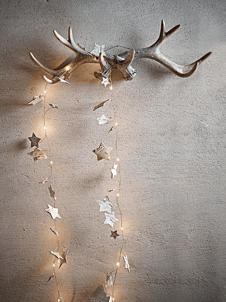With A Fine Copper Cable Warm White Lights And Natural Birch Finish Star Shapes Our Birch And Copper Light String Can Be Hung As A Christmas Decor Coppe