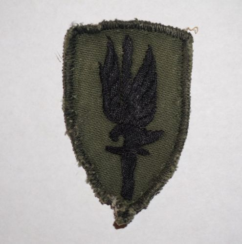 1st Aviation Brigade Vietnam Theater Made Subdued Cut Edge Patch US