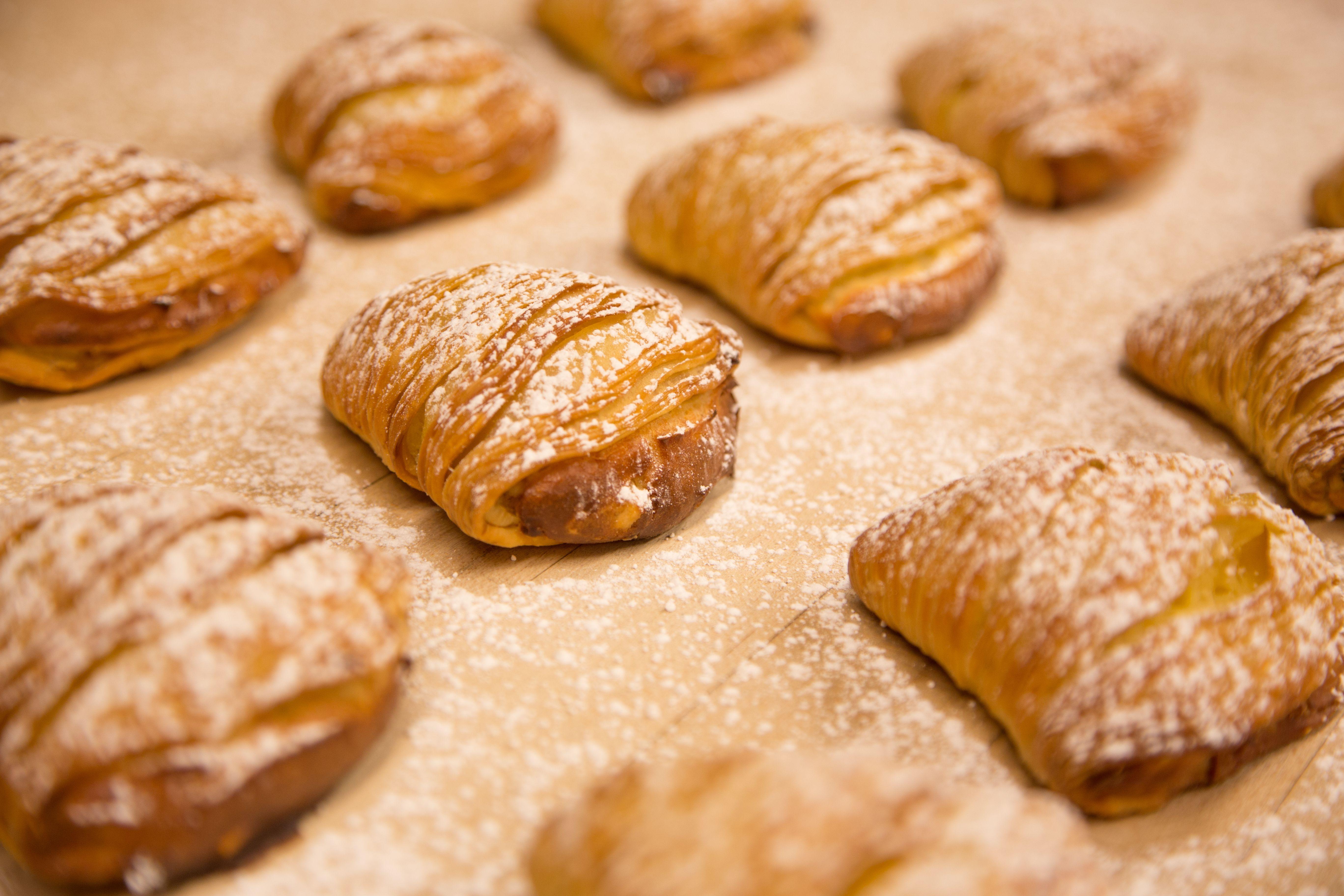 Carlos bakery pastries sweet treat designs sweet