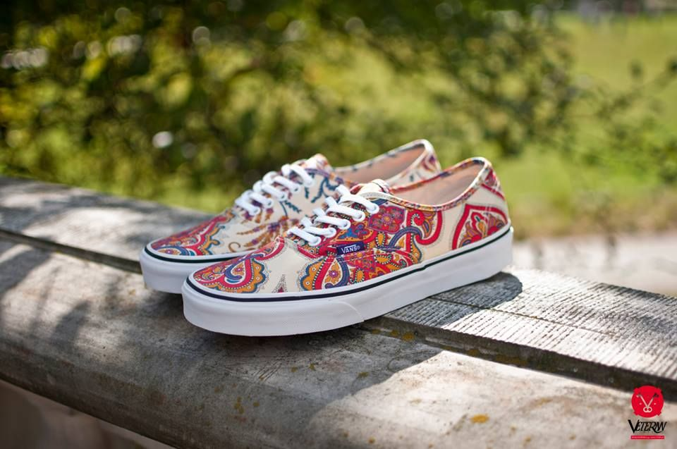 (Liberty)Flower paisley/Cream vans
