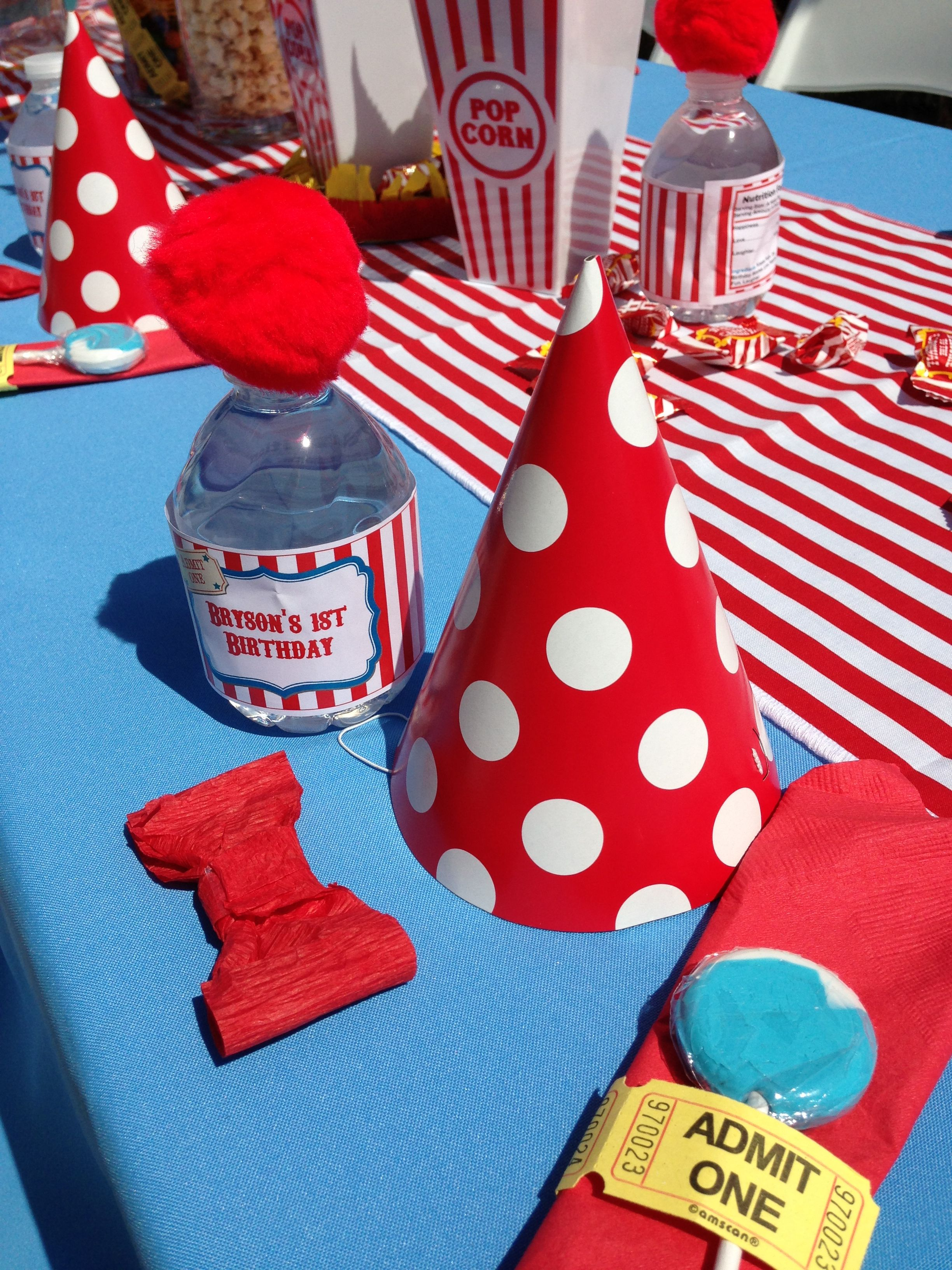 Table decor for carnival birthday