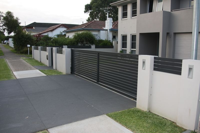 Simple Boundary Wall Design : Letterboxes and lighting modular walls boundary