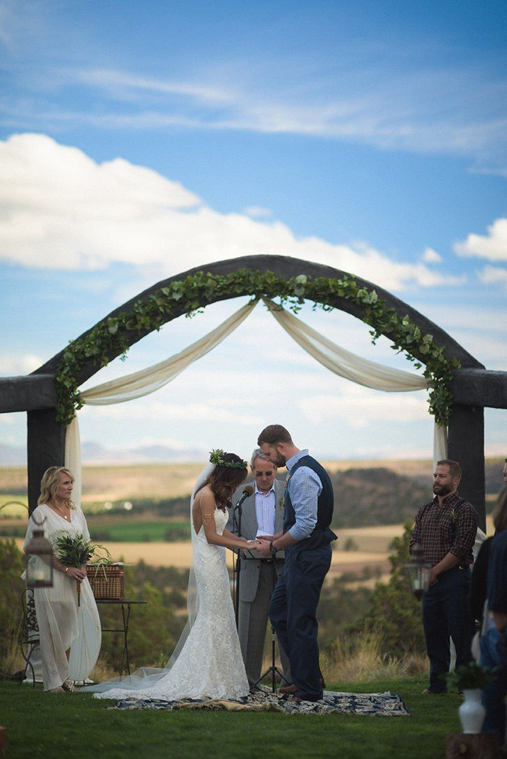 The diy details of this rusticboho wedding are simply perfection