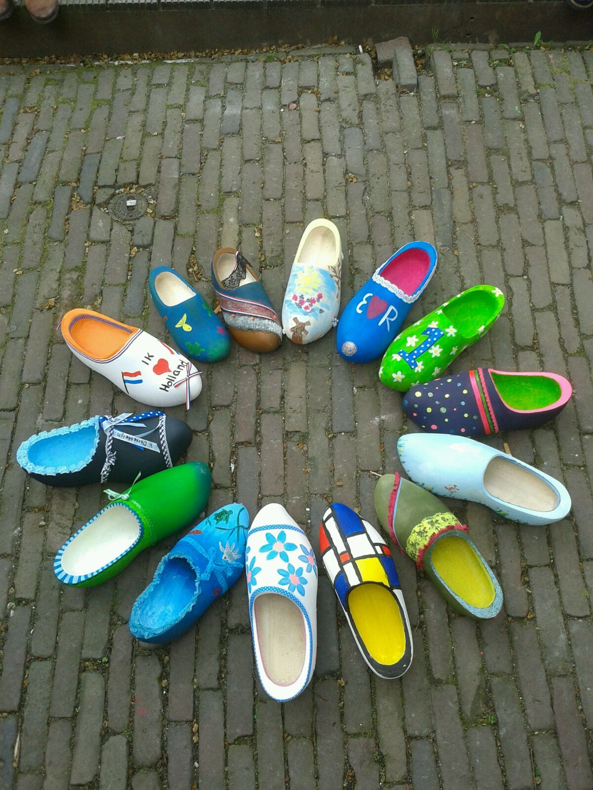 Holland Wood Shoes