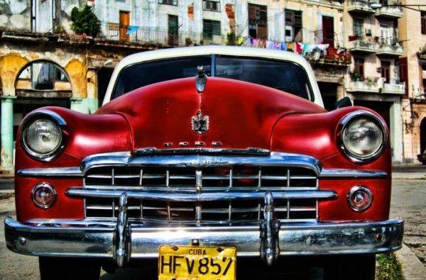 toile moderne vieille ford oldtimer rouge havana cuba tableau toile voiture car wall art. Black Bedroom Furniture Sets. Home Design Ideas