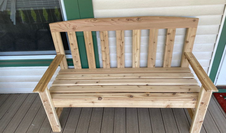 Simple 2x4 Bench Diy Project Howtospecialist How To Build Step By Step Diy Plans In 2020 Diy Plans Diy Bench Diy Projects