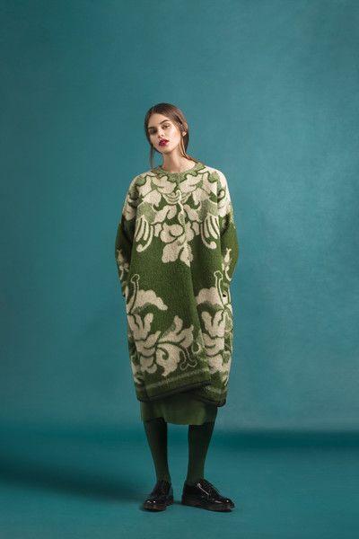 Marit Ilison Longing For Sleep Resort 16 Cactus Green Classic Wool Coat Lily Front