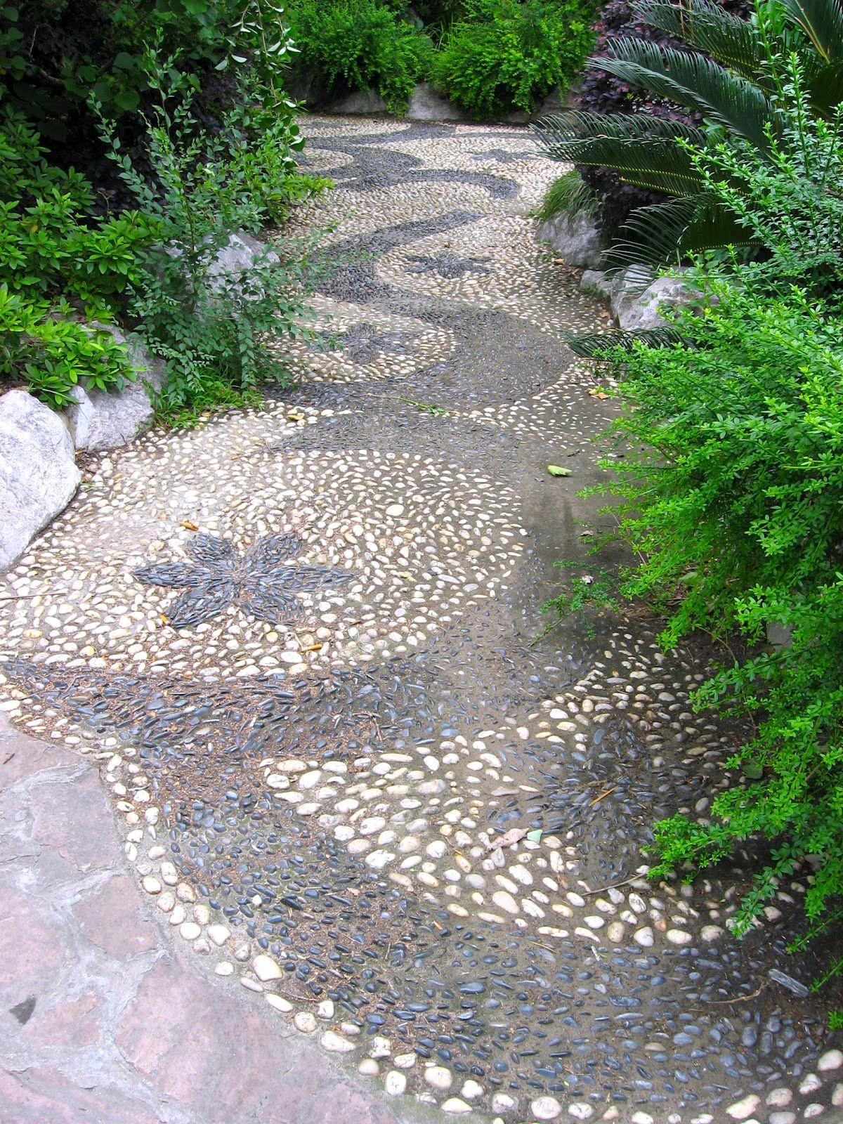 Pebble Rocks Garden