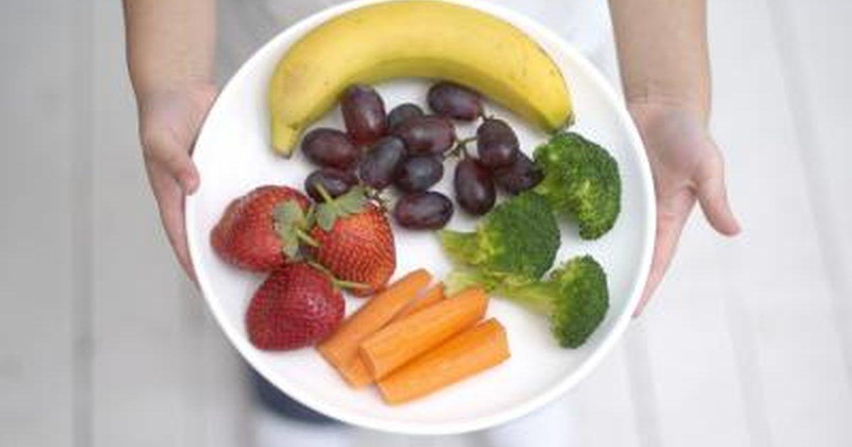 Seven Foods That May Shrink Fibroids Livestrong Com Fruit And Vegetable Diet Vegetable Diet Food