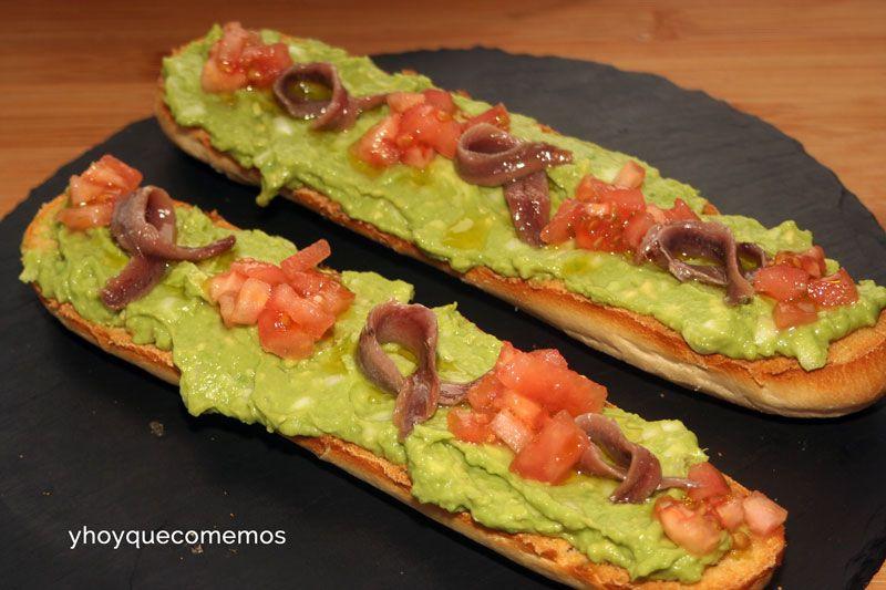 BAGUETTES DE GUACAMOLE Y ANCHOA. Una opción perfecta para una cena rápida.   VER RECETA--->http://yhoyquecomemos.com/receta/baguettes-de-guacamole-y-anchoas/