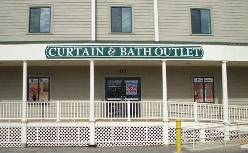 Raynham Ma 770 Broadway Rt 138 In The Former Curtain Factory Outlet Discount Home Decor Window Treatments Curtains