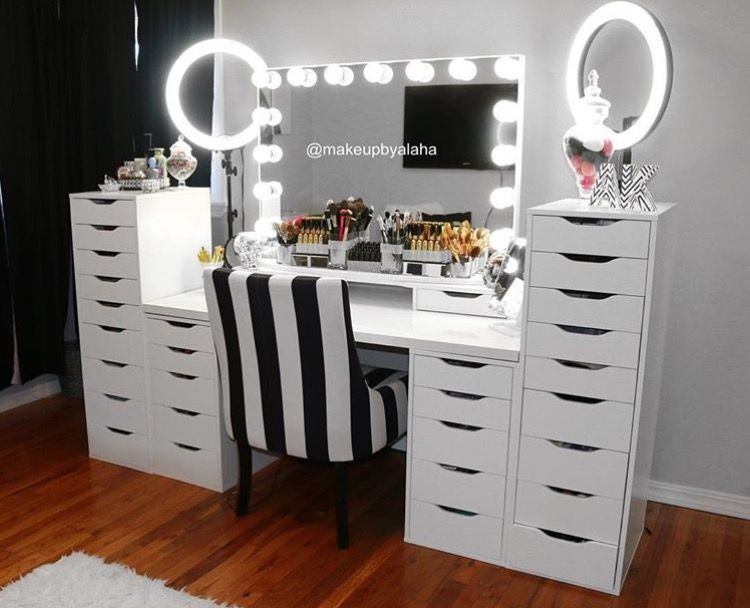 35 Most Popular Makeup Vanity Table Designs In 2020 Makeup Table Vanity Beauty Room Vanity Inspiration