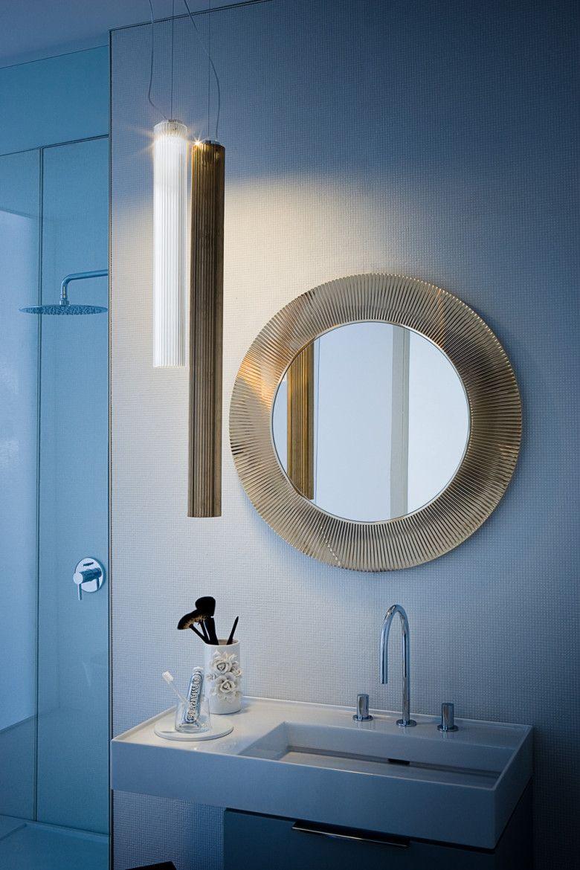 Reflected Glory Collections Kartell By Laufen Luxus Badezimmer Tolle Badezimmer Und Runde Badezimmerspiegel