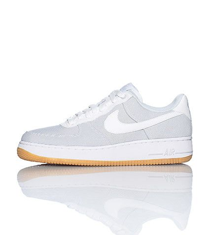 NIKE Air Force One Low top sneaker Lace front closure Padded