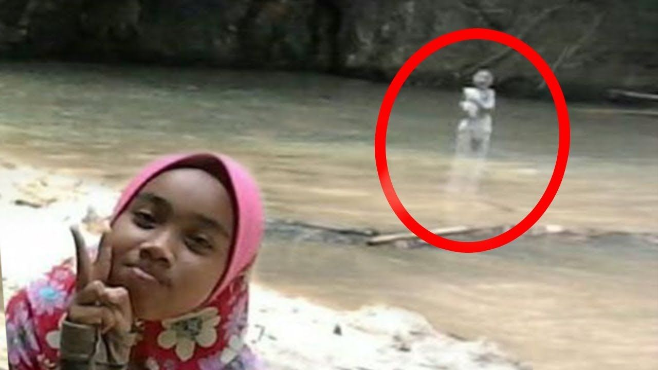 Creepy Things Hidden In Pictures