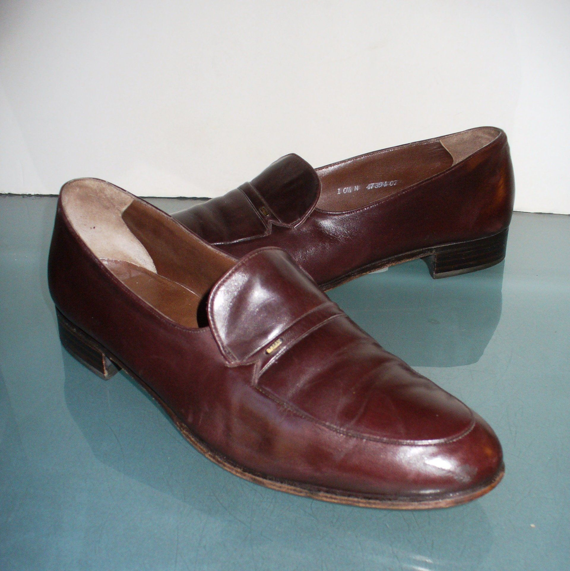 76d8d3662f5 Bally Switzerland Loafers Size 10.5 N by TheOldBagOnline on Etsy