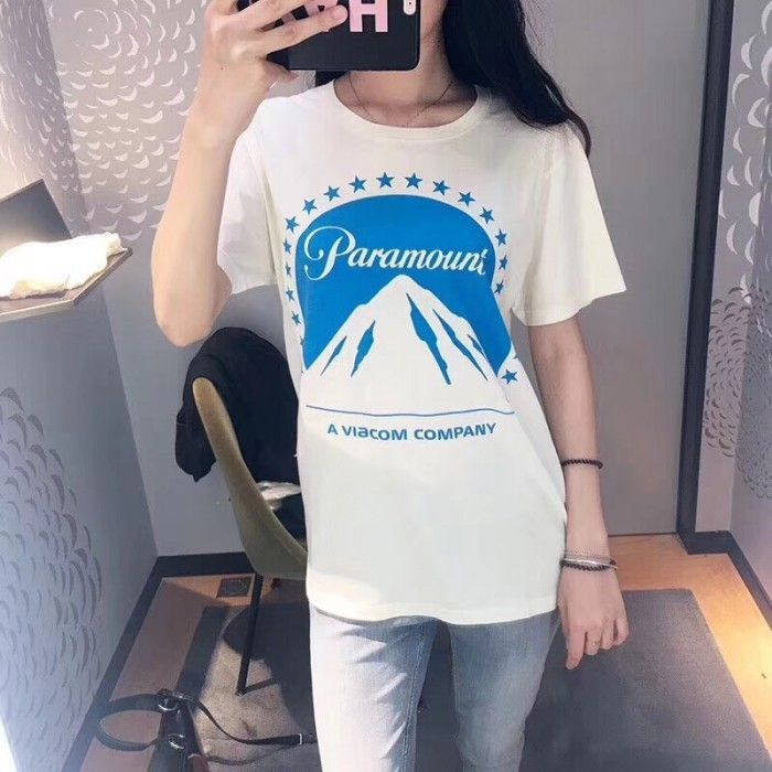 269b851c Gucci Oversize T-shirt with Paramount logo 493117 in 2019 | Clothese ...