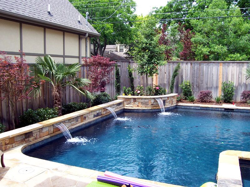 Love the curved raised beam for the corner planter Pool