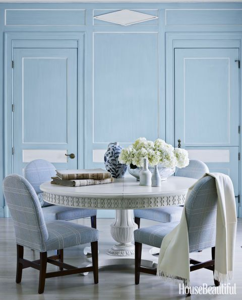 A 1920S House Embraces The Power Of Blue  Extendable Dining Table Delectable Hickory Dining Room Chairs Inspiration
