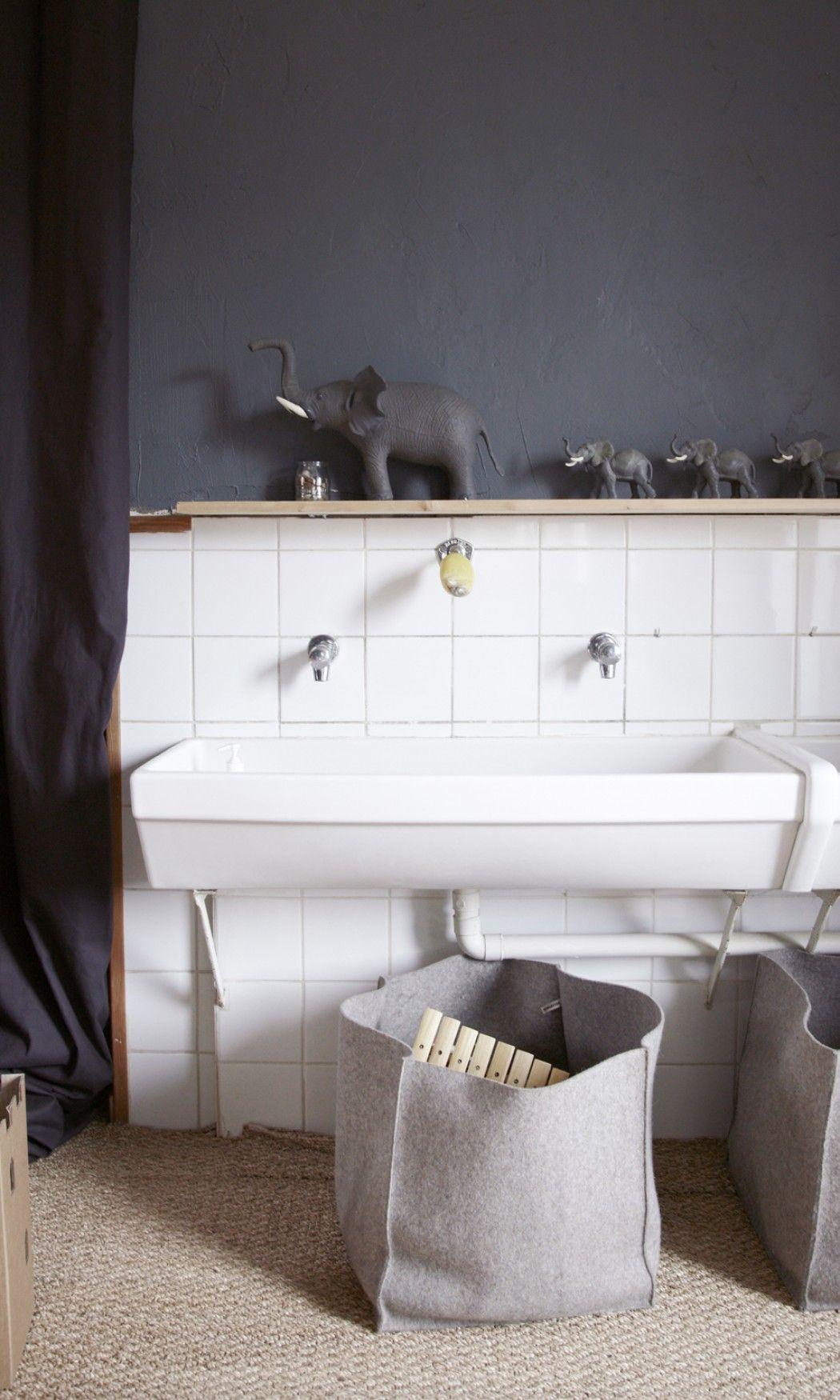 aur lie lecuyer et jean christophe gustave 6 ans et honor 3 ans salles de bains pinterest. Black Bedroom Furniture Sets. Home Design Ideas