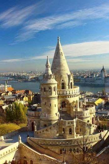 Europe castle - Holiday$pots4u