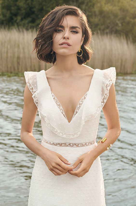 Wedding Dresses 28383 Ready to wear | Manon Pascual workshop