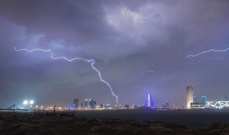 تصوير Bin Ebrahem البحرين Bahrain Instagram Instagram Posts Clouds